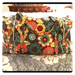 Vera Bradley large travel bag